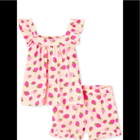 NWT 2pc strawberry print outfit